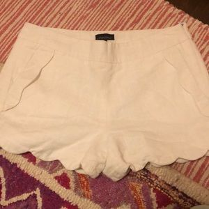 White linen scallop shorts